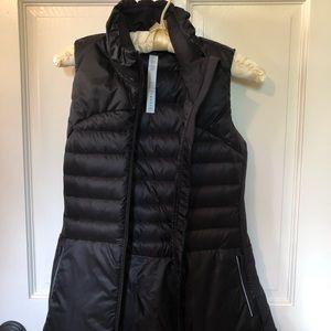 NWT Down For A Run Vest II Black